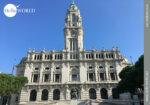 Imposant: das Rathaus von Porto