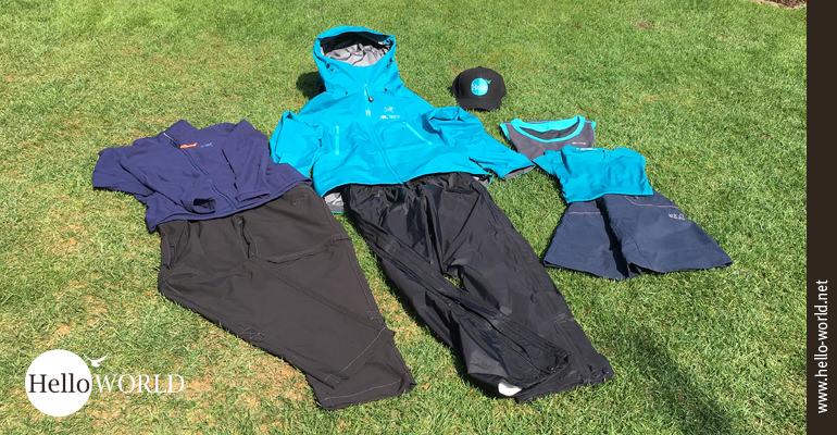 Für jedes Wetter vorgesorgt: vom kurzen Wanderrock bis zur Regenjacke...