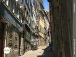 Kleine verwinkelte Gassen in Porto