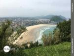 Blick auf den weiten Strand von San Sebastian