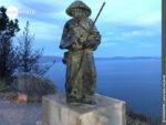 Jakobusskulptur auf dem Weg ans Ende der Welt