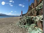 Warten auf den Einsatz: Reusen im Hafen von Corcubion