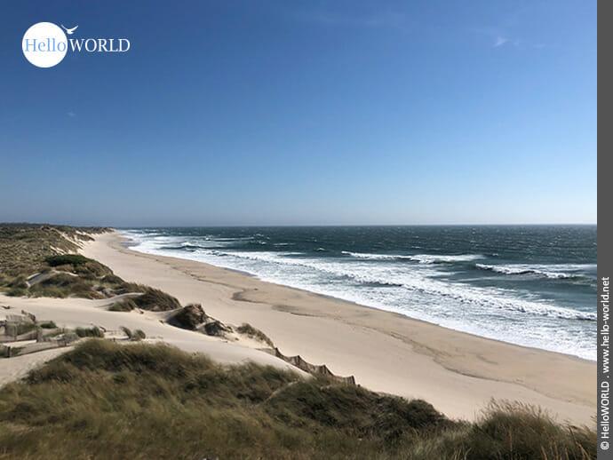 Weitblick an der Küste entlang des Camino Portugues Rundwanderwegs