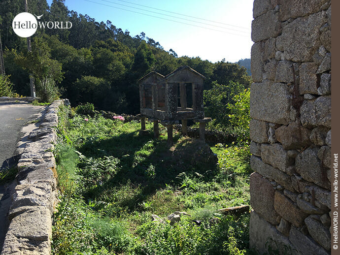 Zerfallen: Horreo auf dem Camino Portugues Küstenweg