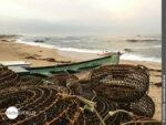 Morgendliche Küstenimpression am Strand von Vila Cha