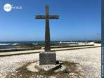 Kreuz an der Küste bei Areosa