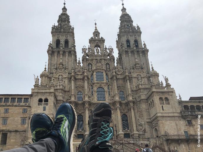 Dieses Foto zeigt die Kathedrale in Santiago de Compostela, Ziel aller, die auf dem Jakobsweg pilgern.