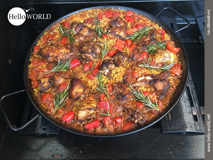 Servierfertig: Paella á la HelloWorld