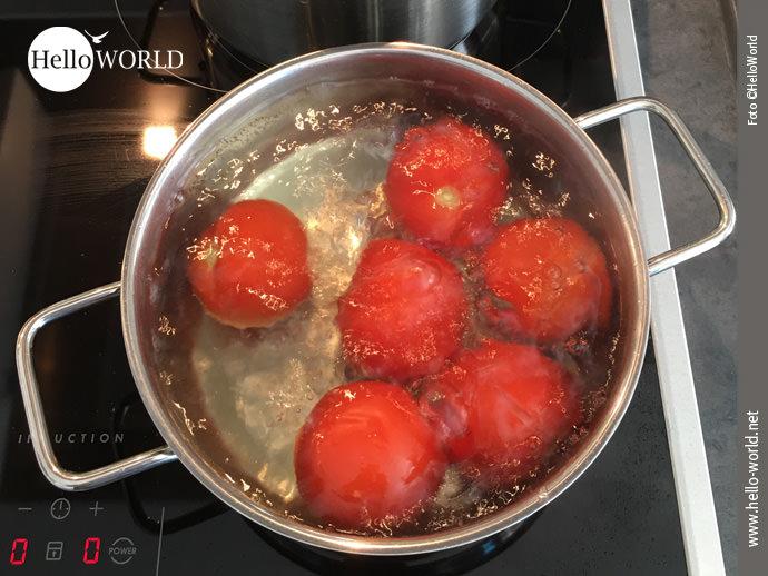 Tipp: Tomaten häuten leicht gemacht