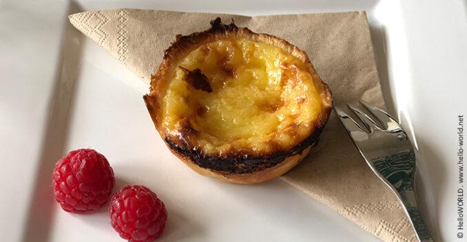 Hier sieht man ein Bild von Pasteis de Nata, das portugiesische Puddingtörtchen.