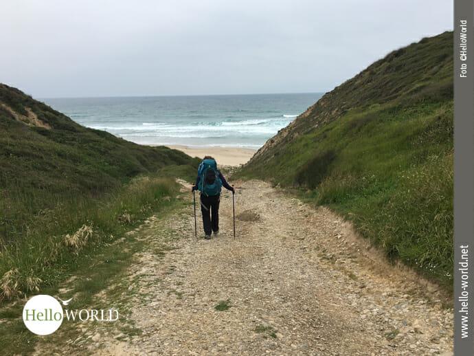 Der Weg geradeaus führt zum Meer...