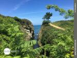 Malerischer Ausblick auf dem spanischen Küstenweg