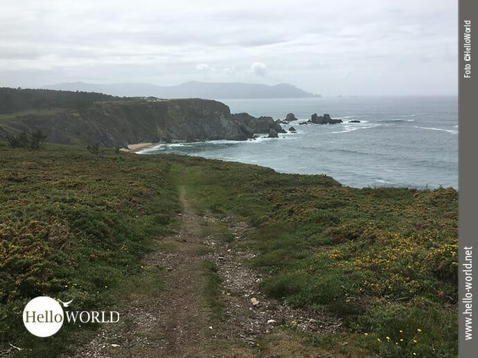 Unglaubliche Weite: Fernsicht am spanischen Küstenweg