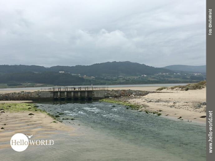 Brücke im Naturschutzgebiet Lagoa de Baldaio