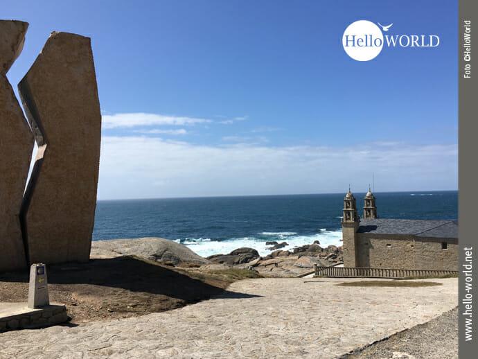 Blick auf das Monument A Ferida an der Costa da Morte