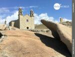 Gewaltige Felsen vor der Santuario da Virxe da Barca