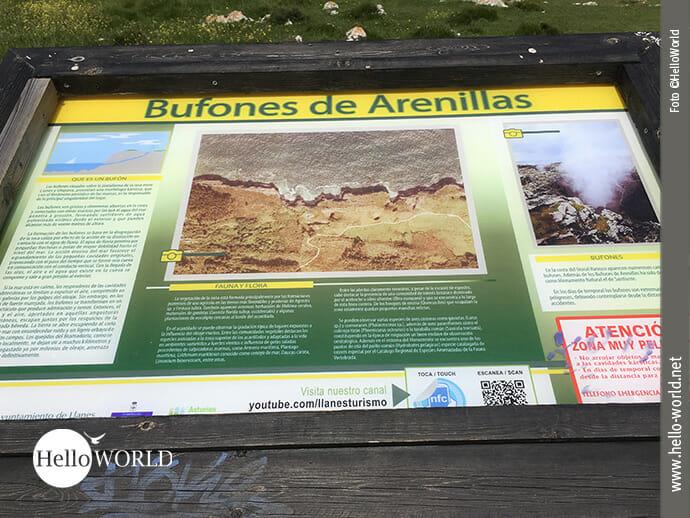 """Die Abbildung zeigt eine Infotafel zu den """"Bufones de Arenillas"""", Meerwassergeysire, die an der spanischen Nordküste zu sehen sind."""