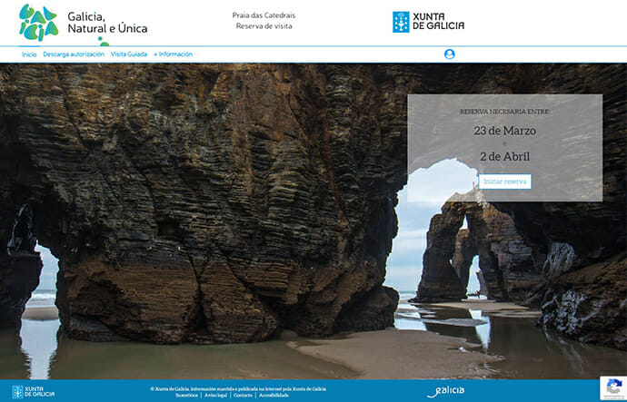 Das Bild zeigt einen Screen der Xunta de Galicia-Webseite, auf der man Informationen zum Besuch am Praia das Catedrais erhält.