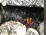Kerzenlicht für die Toten auf dem Cerro Calvario