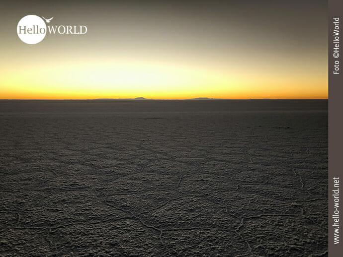 Salar de Uyuni bei Sonnenaufgang
