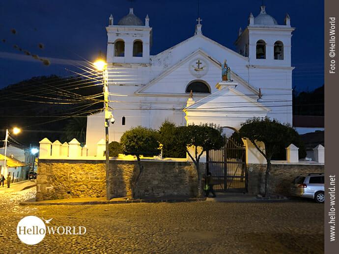 Das Franziskanerkloster La Recoleta Santa Ana bei Nacht