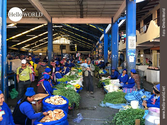 Einblick in die Markthalle des Mercado Campesino
