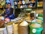 Säckeweise Grundnahrungsmittel bieten die Mercados