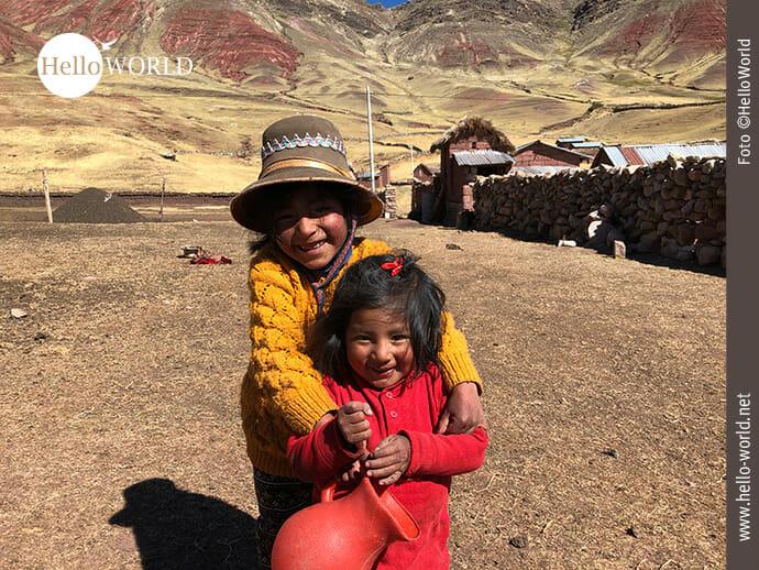 Spielen und Lachen: Kinder in Südamerika