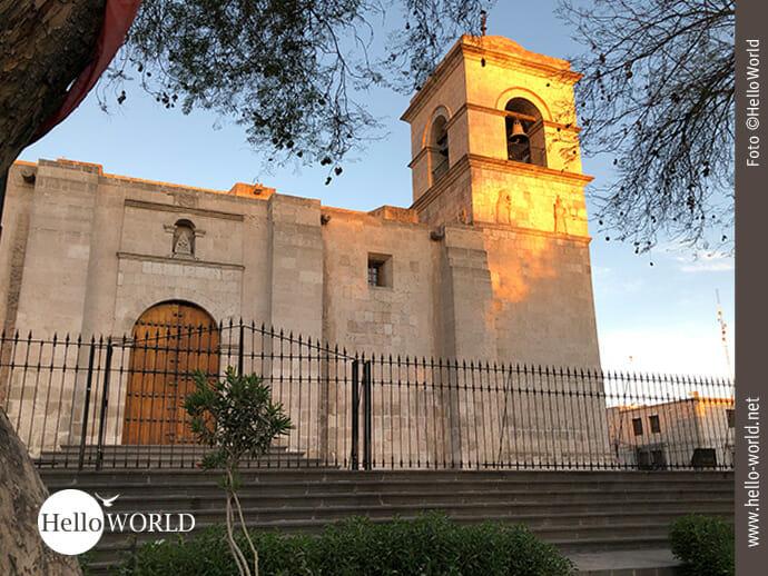 Iglesia de San Francisco im Sonnenlicht