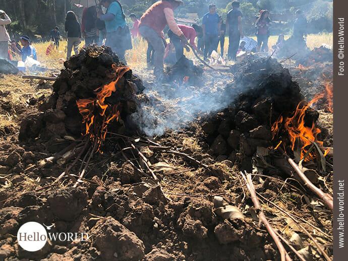 """Lagerfeueratmosphäre beim """"Volksfest"""" der Inkas"""