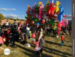 Luftballonverkäufer auf Cuscos Festwiese