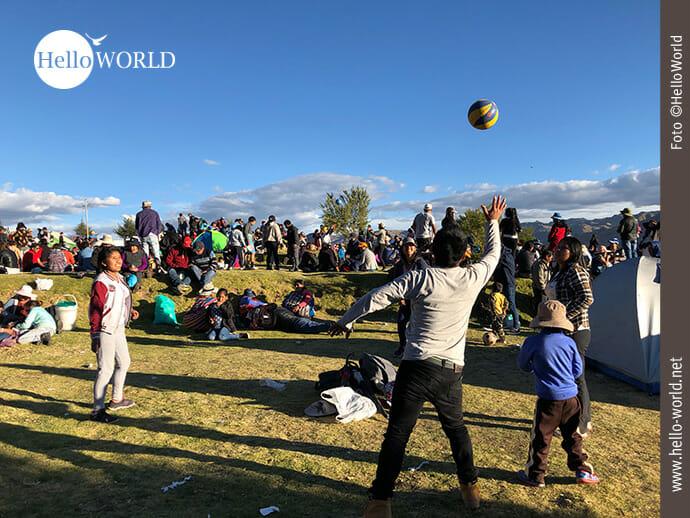 Ballspielen: schöner Zeitvertreib auf dem Fest