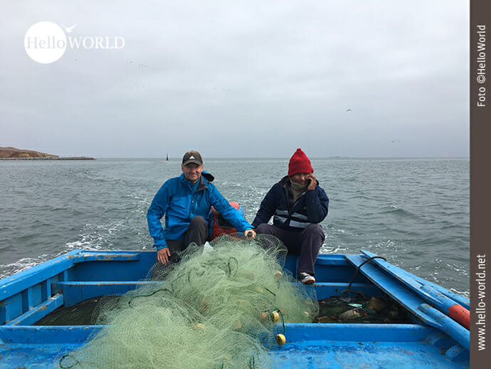 Kindheitstraum: Fischerbootfahren an der Küste Perus