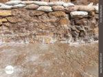 Nahaufname: Salzwasserbecken in den Salinas de Maras